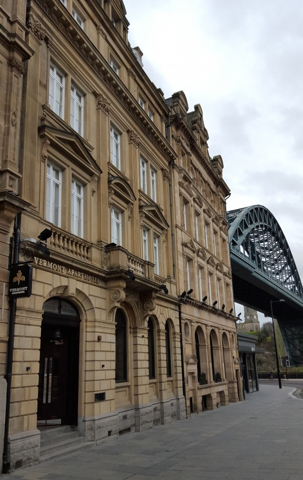 The Vermont Aparthotel occupies a central location beneath the iconic Tyne Bridge
